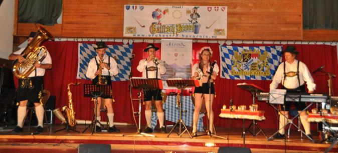 Nasbinals 48-2011-orchestre bavarois-orchestre de variété