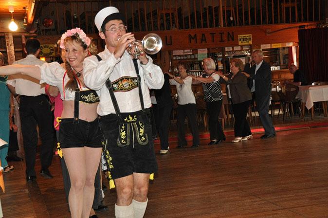 Nasbinals 48-2011-orchestre bavarois-orchestre de variété 1