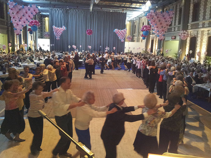 Troyes - 10-2012-orchestre de variété 5