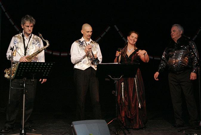 Villeneuve le Roi – 94-2011-orchestre de variété 5